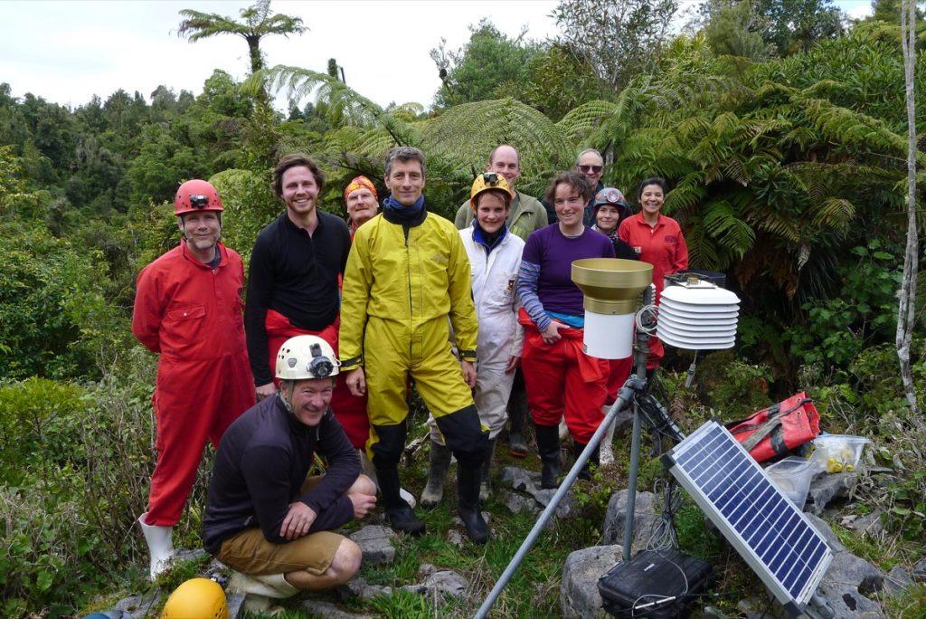 Fieldtrip at Waikato workshop to the Waipuna cave.